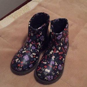 OshKosh flower toddler boots